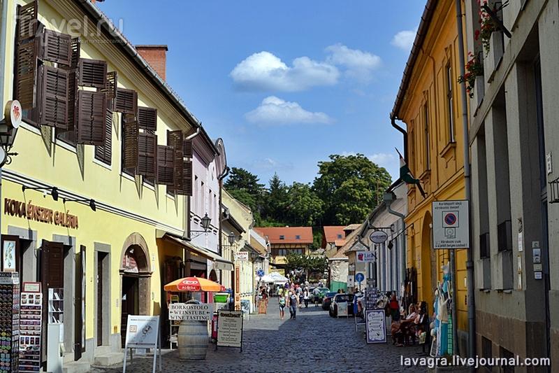 Самый патриотичный город Венгрии глазами случайного приезжего / Венгрия