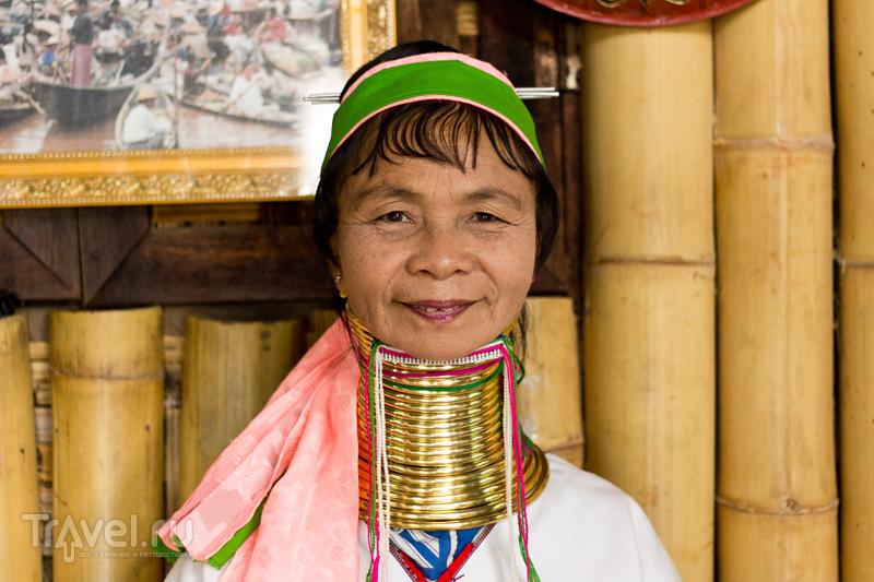 Подставные тетки с кольцами на шее / Мьянма