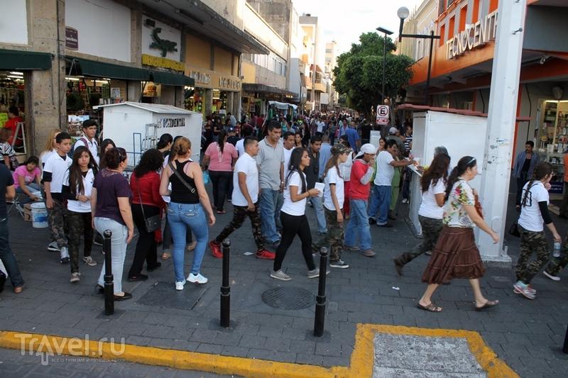 Мексика: Гвадалахара, местный фестиваль / Мексика