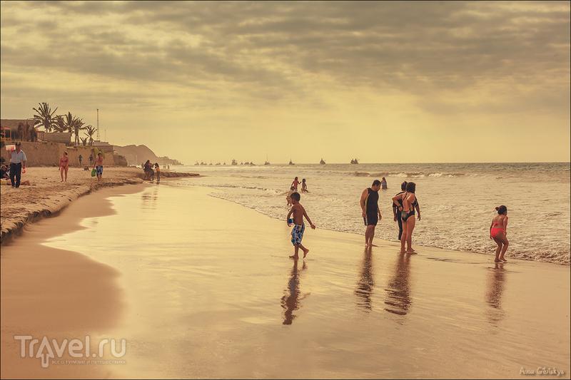 Манкора и океан в Перу / Перу