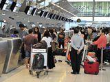 Очередь на регистрацию в аэропорту Suvarnabhumi в Бангкоке