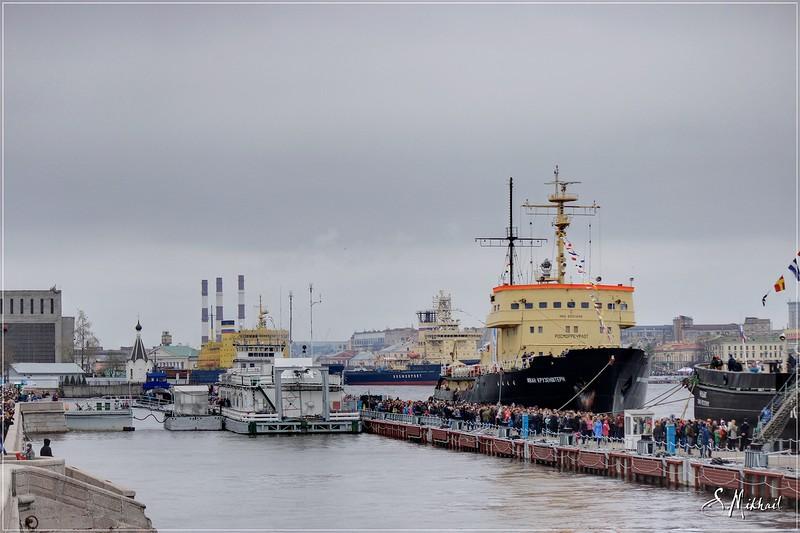 Фестиваль ледоколов в Санкт-Петербурге / Россия