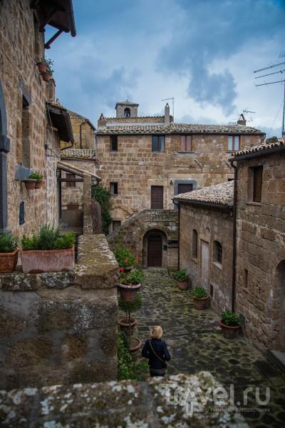Чивита ди Баньореджо (Civita di Bagnoregio), апрель / Фото из Италии