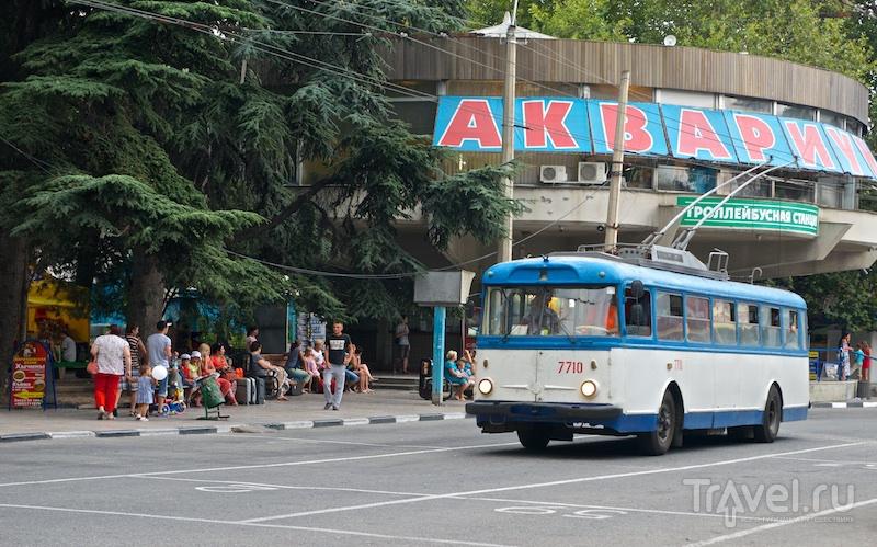 Ещё немного о Крыме. Где жить, что есть? / Россия