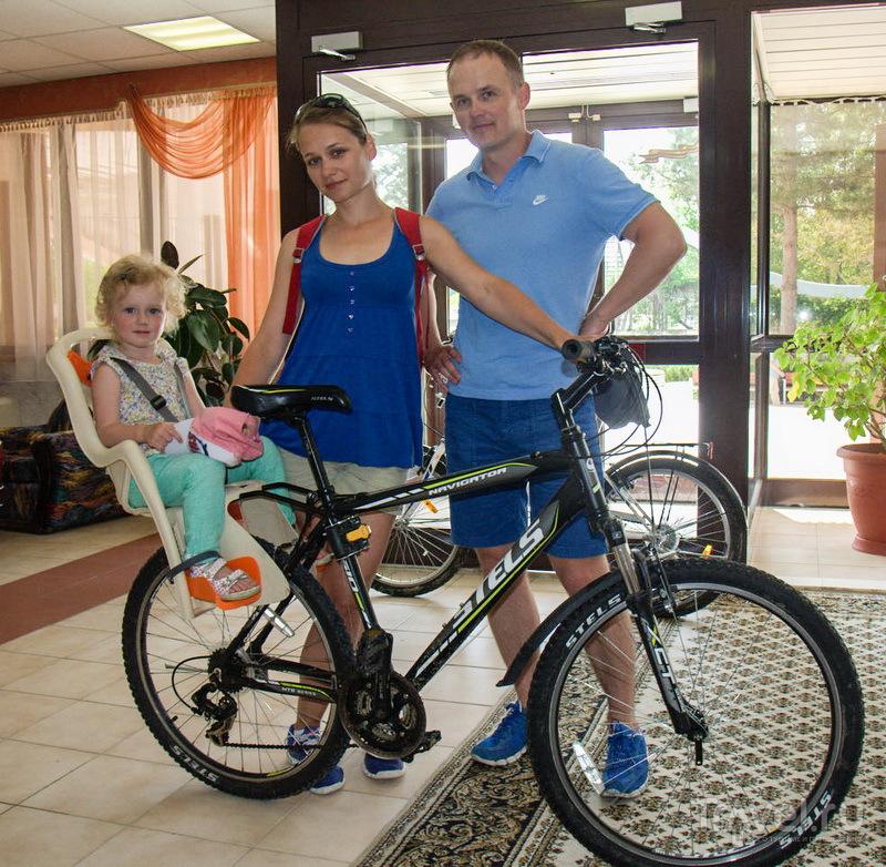 Взяли велосипеды напрокат / Россия