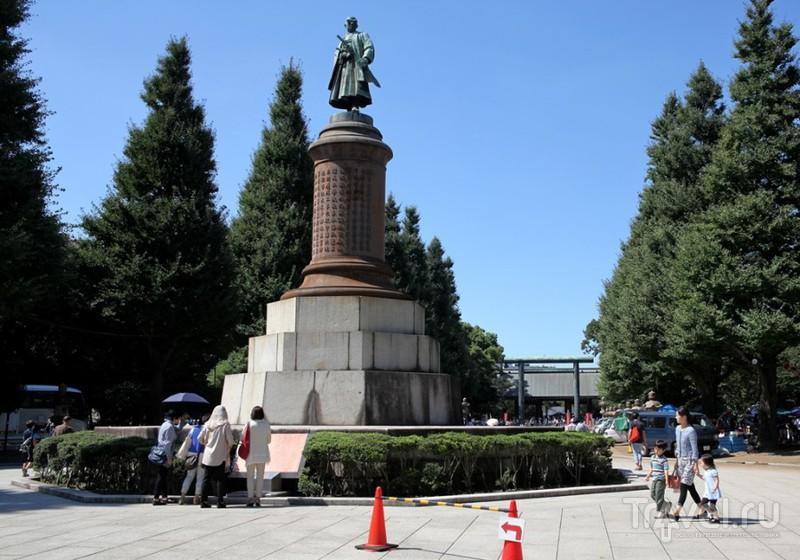 Токио. Посещение храма Ясукуни-дзиндзя / Япония