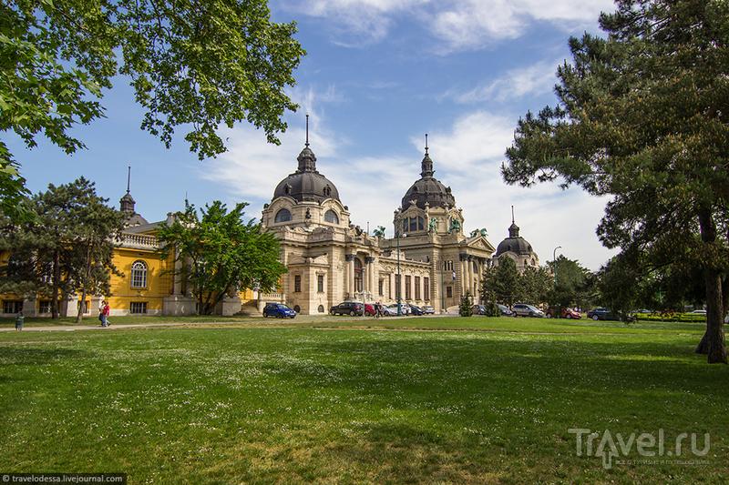Воскресная прогулка по Будапешту. Площадь Героев и ее окрестности / Фото из Венгрии
