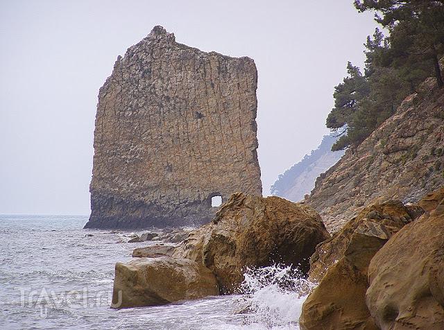 Краснодарский край. Прасковеевка и скала Парус / Россия