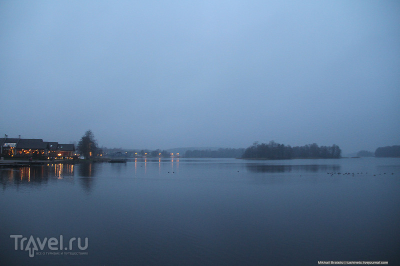 Артефакты Тракайского замка и озеро Гальве / Литва