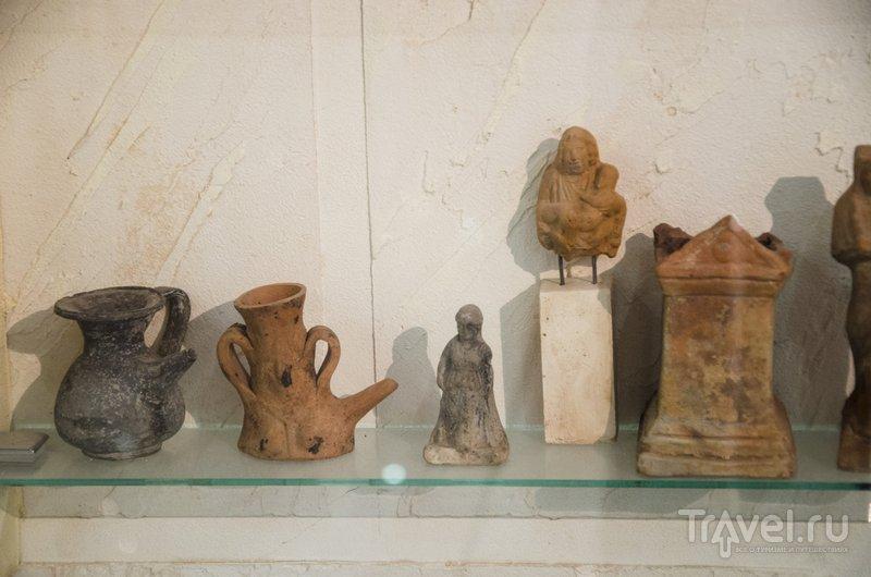 Кувшинчики с носиками - гутусы - предназначались для кормления маленьких детей