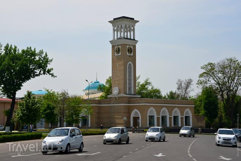 Глобус Узбекистана / Фото из Узбекистана