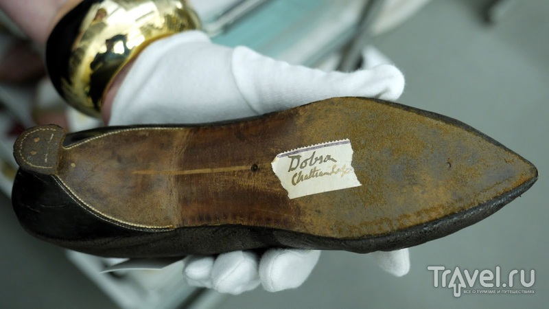 Торонто. Хранилище музея обуви Бата. The Bata Shoe Museum