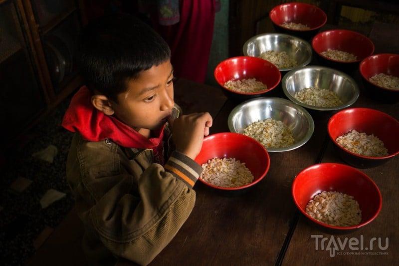 Я - волонтер. О буднях непальского детского дома / Непал
