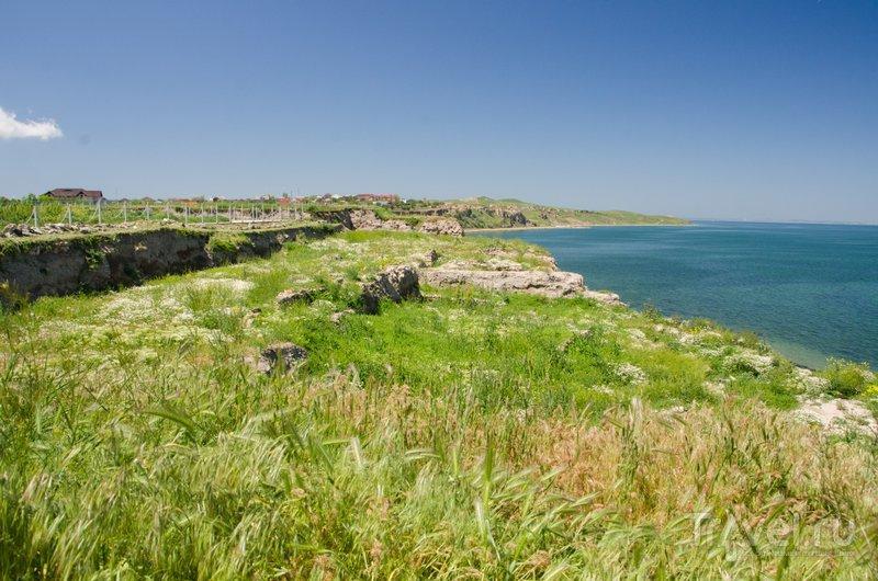 Когда-то на этом берегу стояла древняя Гермонасса