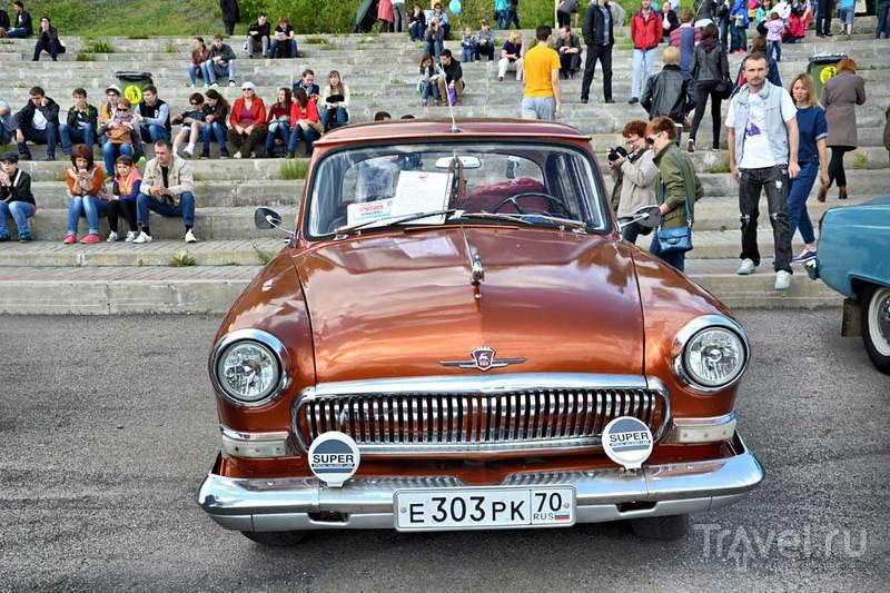 Шестой парад ретромобилей в Томске / Фото из России