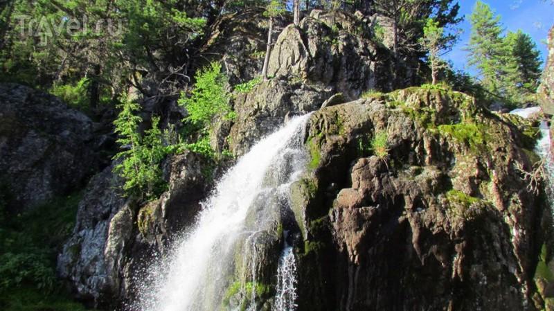 По Горному Алтаю на конях. Муехтинский водопад / Россия