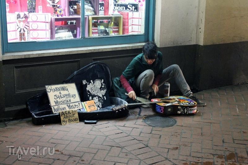 Новый Орлеан. Бурбон-стрит / США