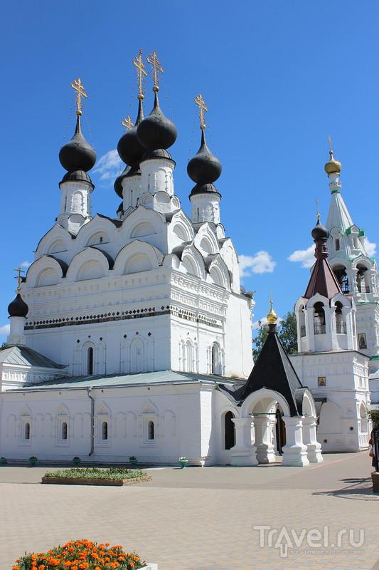 К Петру и Февронии: Свято-Троицкий женский монастырь в Муроме / Фото из России