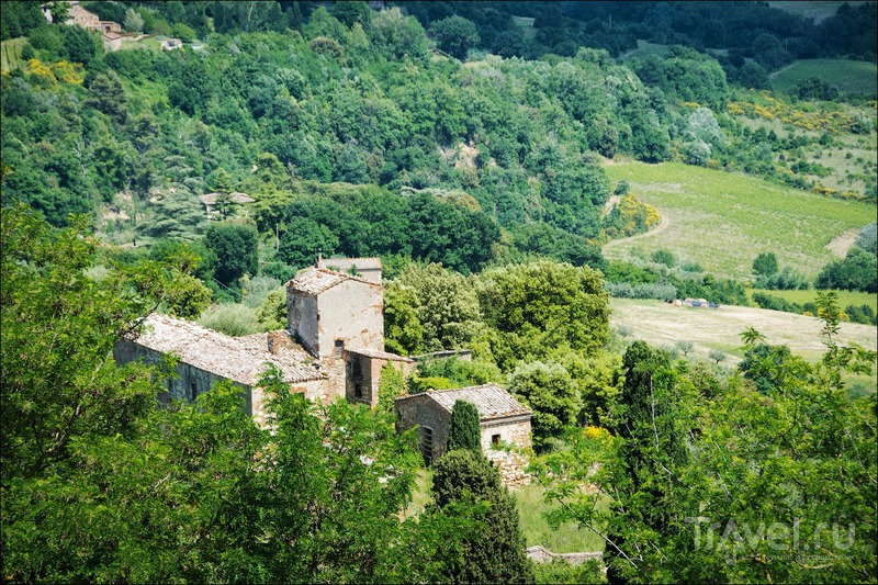 """""""Три М"""" долины Орча: Монтепульчано и Монтикьелло / Фото из Италии"""