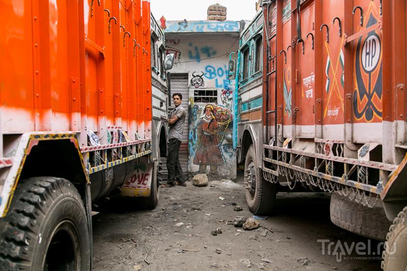 Чандигарх, Шивалик и гестхаус с разбитым окном / Индия