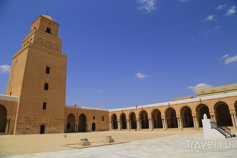 Большая мечеть - главная достопримечательность Кайруана / Фото из Туниса