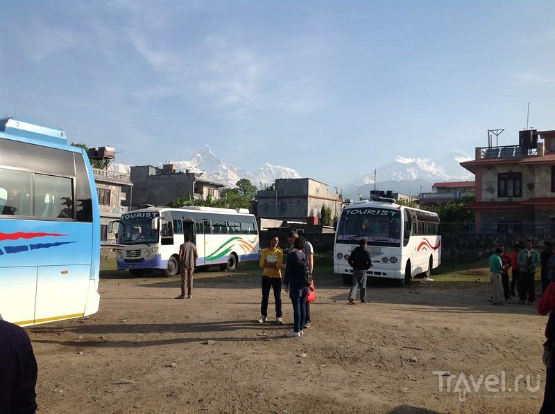 Непальские автобусы для своих (локалбасы) / Непал
