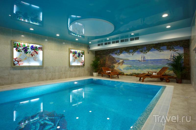Оздоровительный комплекс с бассейном