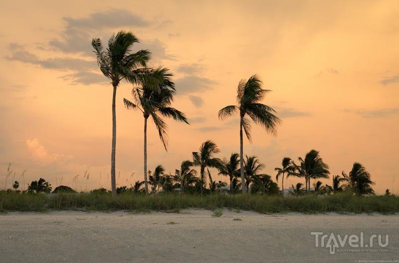 Закат на острове Каптива / США