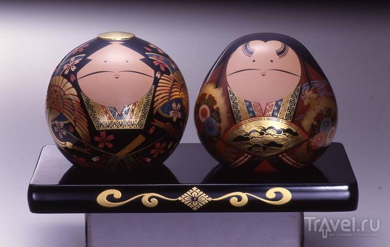 Парные куклы Оути, символизирующие супружеское счастье