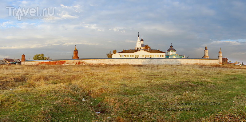 Богородице-Рождественский Бобренев монастырь / Фото из России
