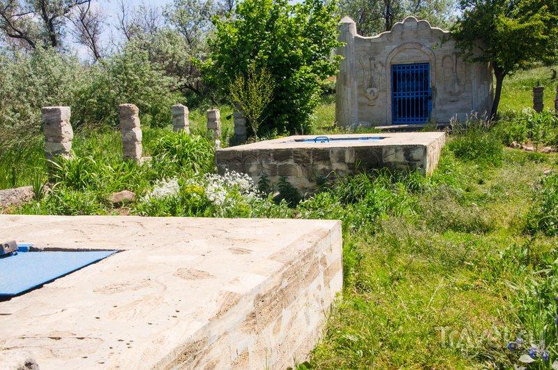 Резервуары, которые накапливают воду из источника