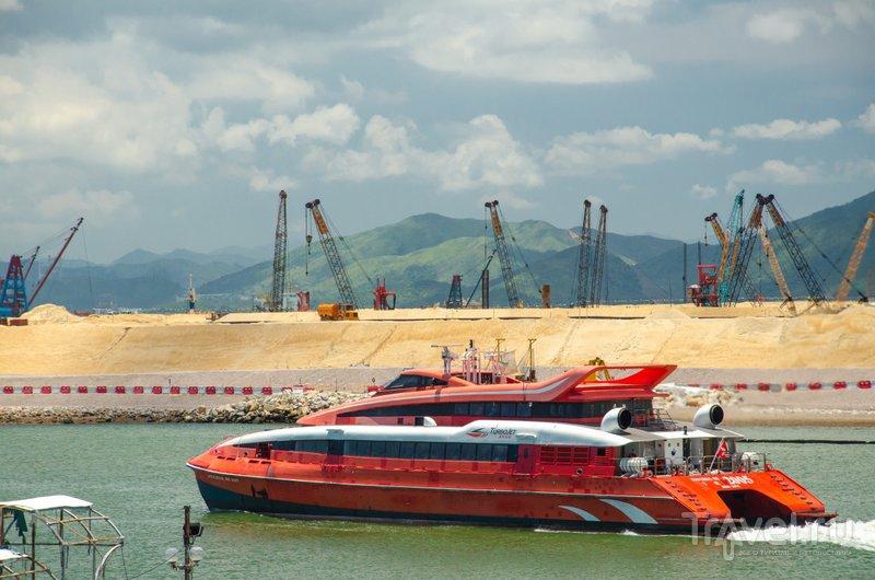 Строительство продолжается: Гонконг все время отвоевывает у моря новые территории / Фото из Китая