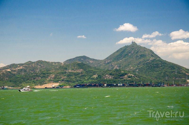 Вода в Южно-Китайском море имеет насыщенный зеленый цвет / Фото из Китая