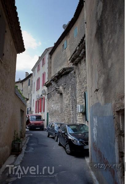 Сен-Реми-де-Прованс - родина Нострадамуса и лечебница Ван Гога / Франция