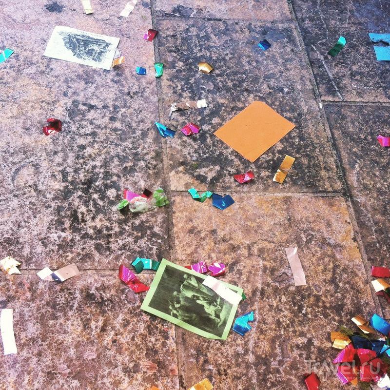 Вот что остается на асфальте после празднования Пасхи