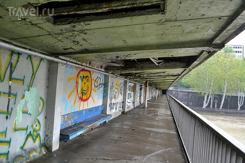 10 минут кошмара моста Бараташвили в Тбилиси / Грузия