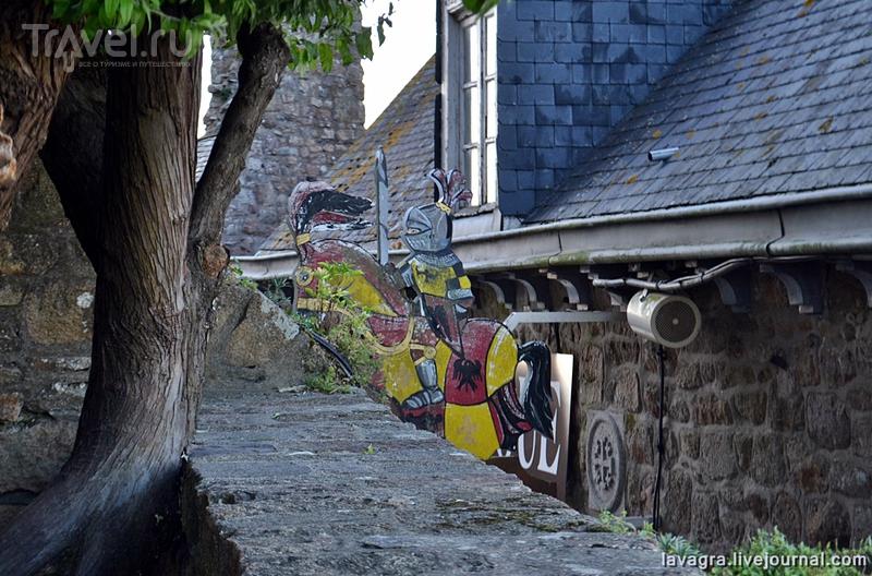 Мон-Сен-Мишель - место раздоров и высоких стен или как я романтично поссорился со своей женой / Франция