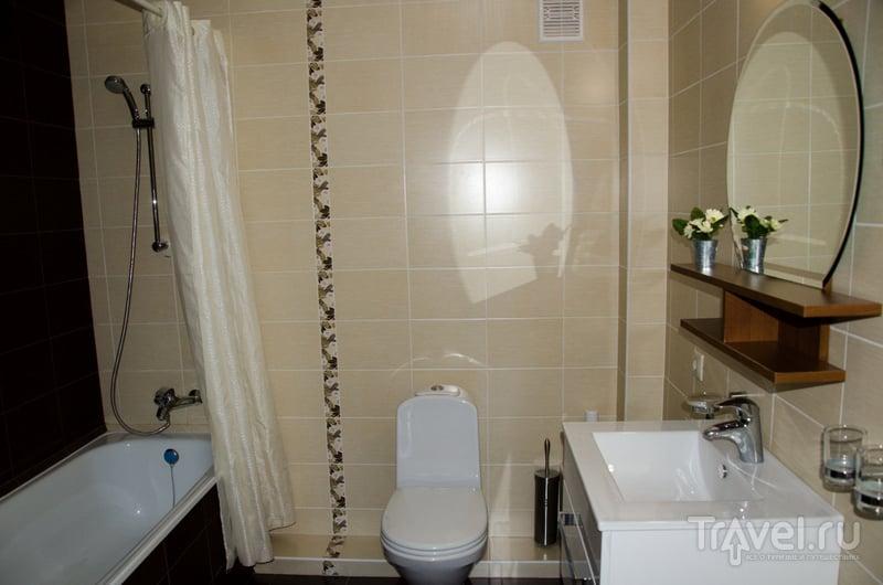 В ванных комнатах - идеальная чистота и порядок