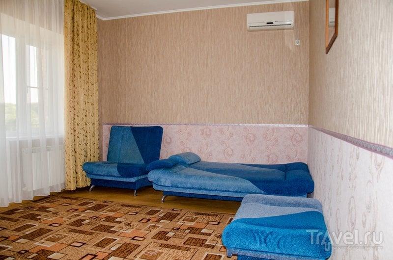 Двухкомнатные и однокомнатные апартаменты рассситаны на размещение большой семьей или компание - етсь дополнительные спальные места