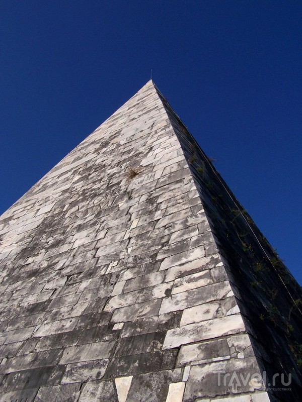 Рим. Самое необычное кладбище / Италия