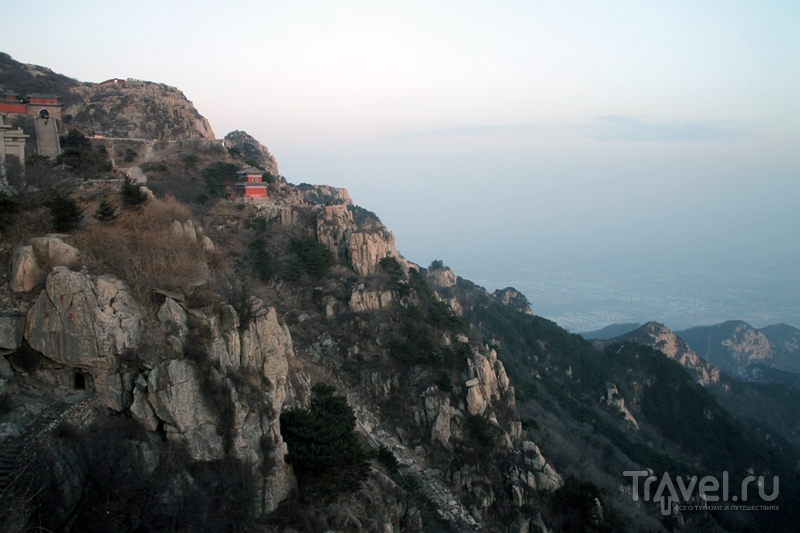 Гид для зайцев по горе Тайшань / Китай