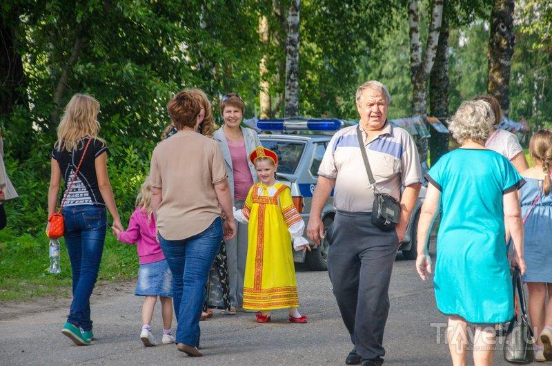На праздник собрался почти весь Каргополь - в городе нечасто проходят такие события / Фото из России