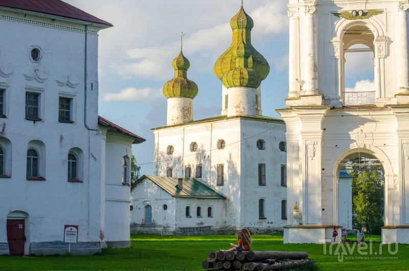 Праздник проходит рядом с бывшей Торговой площадью с тремя церквями и колокольней / Фото из России