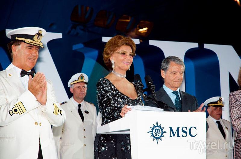 """Софи Лорен на запуске """"божественного"""" лайнера MSC Divina"""