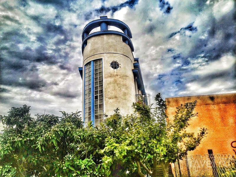 Ещё раз о закругленных фасадах на Кипре / Кипр
