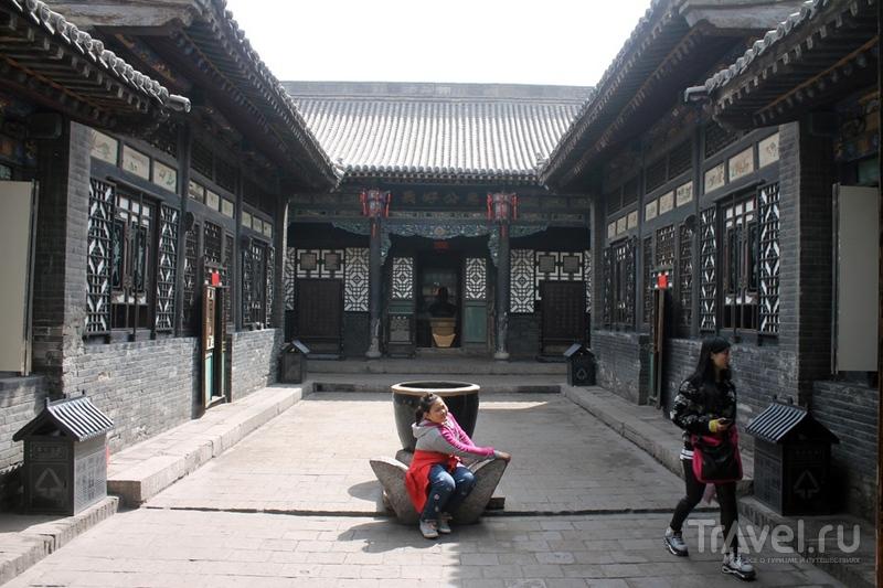 Китай: Пинъяо. Прогулка по крышам / Китай