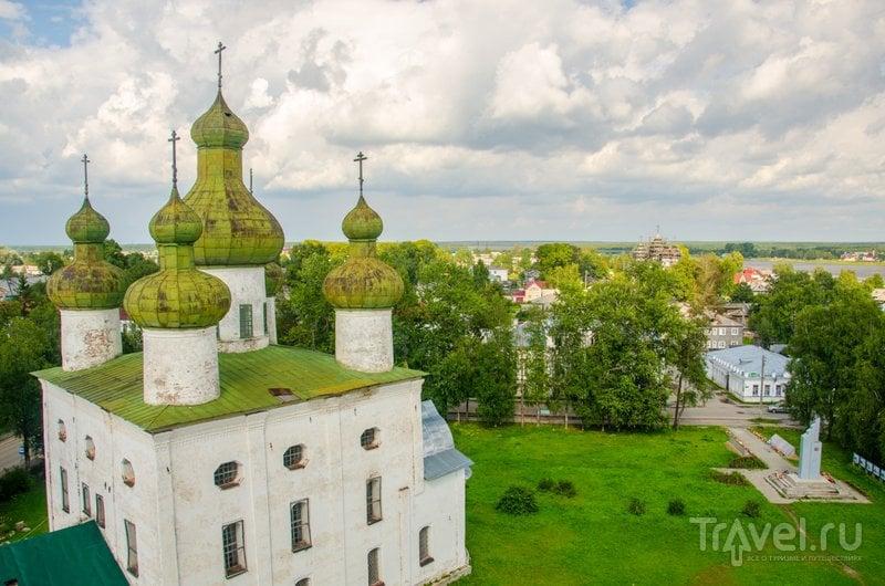 Вид с колокольни на храм Иоанна Предтечи / Фото из России