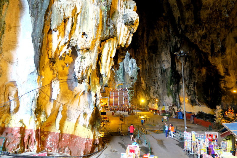 Пещеры Бату около Куала Лумпура / Фото из Малайзии