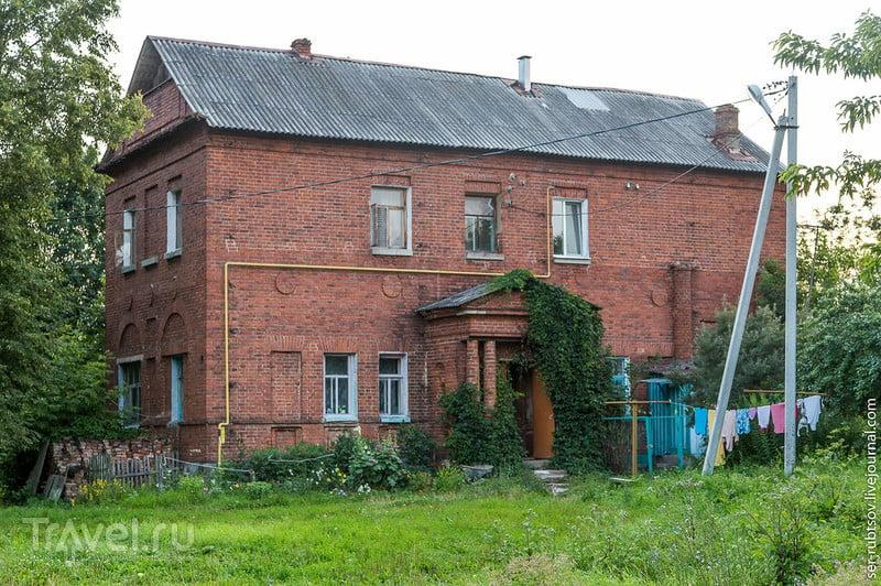 Усадьба Коншиных в селе Ахлебинино / Россия