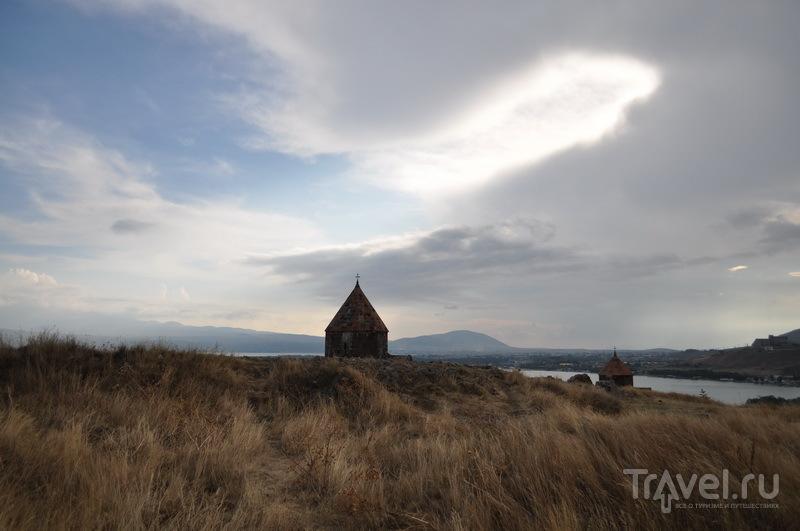 Над Севанаванком / Фото из Армении